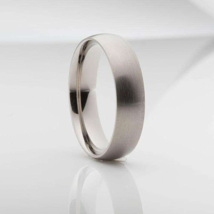 Titanium Men's Wedding Ring